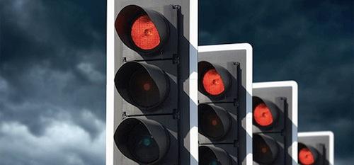 Выезд за красный сигнал светофора апрель новые правила17г