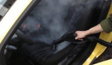 Чистим салон автомобиля с помощью пара