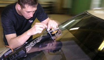 Самостоятельный ремонт стекла автомобиля