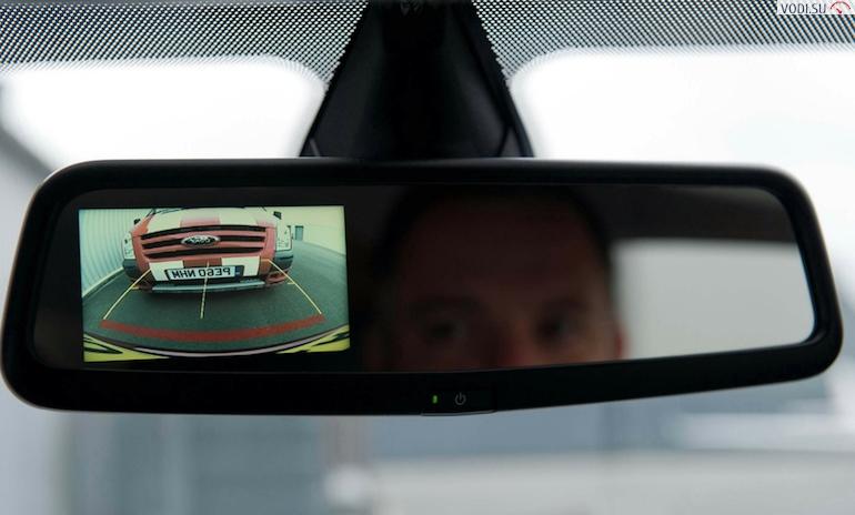 Камеры заднего вида для автомобилей с монитором1