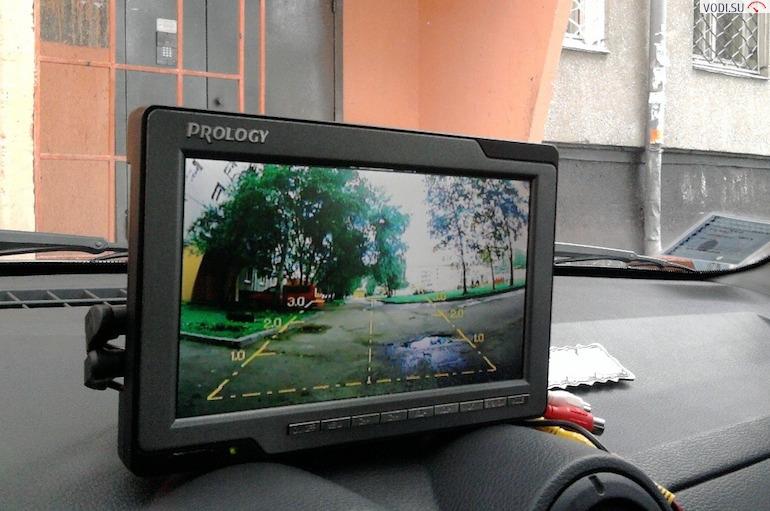 Камеры заднего вида для автомобилей с монитором2