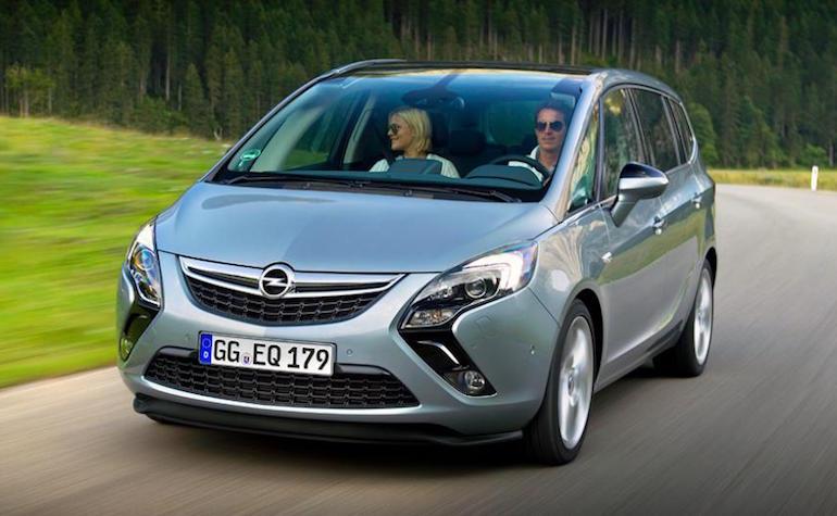 Opel Zafira Tourer-345