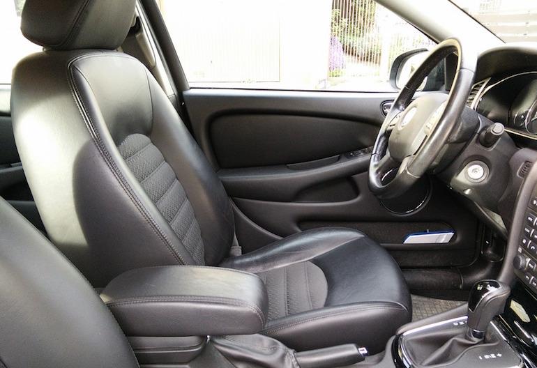 Почему в машине пахнет бензином3